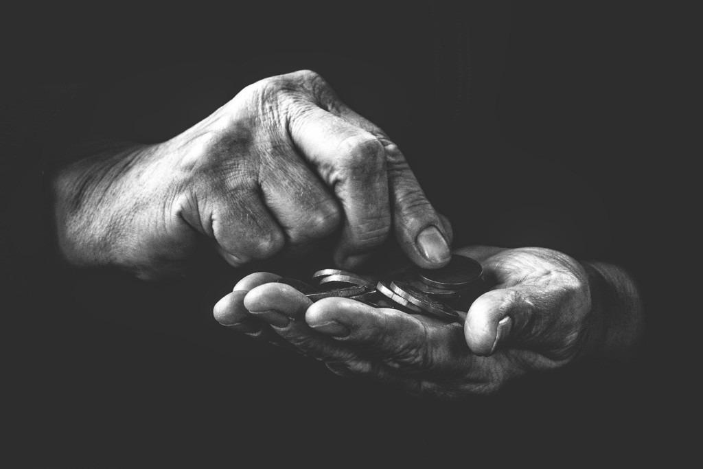 Donner la valeur de son sacrifice en aumône ou envoyer l'argent pour qu'on sacrifie à notre place, Cheikh Mohamed Salih Ibn 'Otheimin.