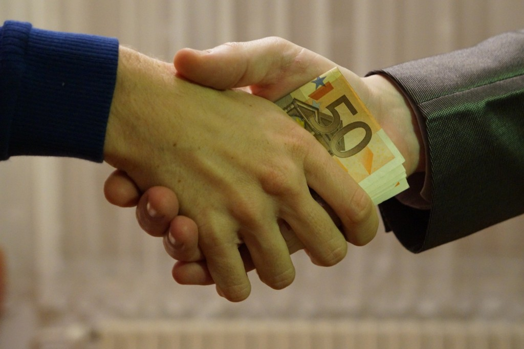 Les récompenses liées à l'emprunt et au fait de rallonger le délai de remboursement.